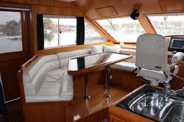 Picture Of: 55' Ocean Alexander 548 Pilothouse 2000 Yacht For Sale | 3 of 101