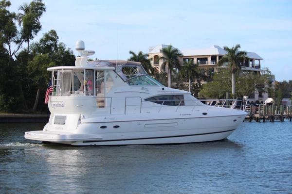 45' Cruisers Yachts 4450 Express 2001 | Cynsational