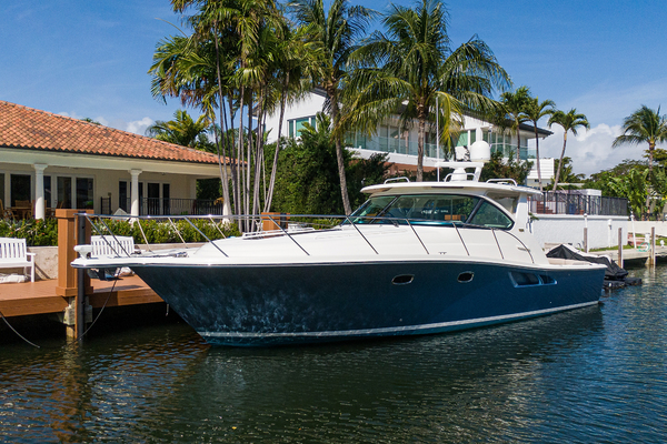 39-ft-Tiara-2014--TIME OFF Coral Gables Florida United States  yacht for sale