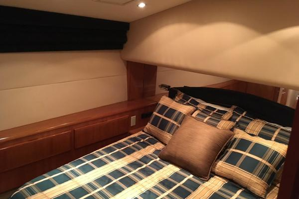2000 Hatteras 50' 50 Flybridge Mad Hatter | Picture 7 of 54