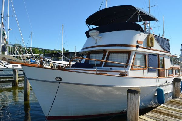 40' Marine Trader Double Cabin 1979 | Angelou