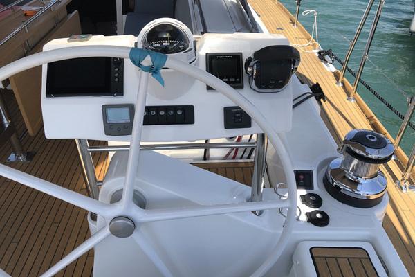 2016 Beneteau 62' Oceanis 60 Aquavit VI | Picture 7 of 19