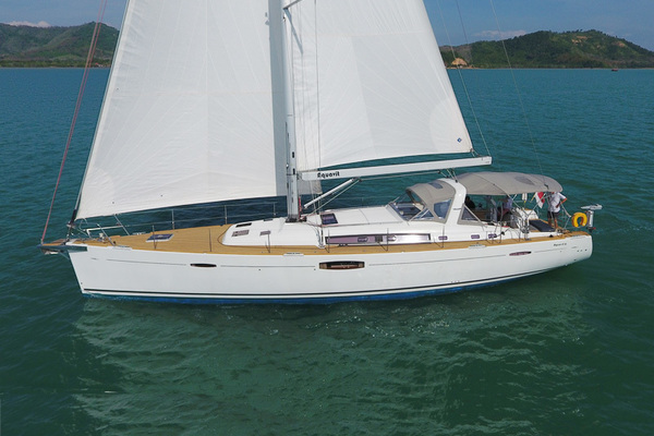 Picture Of: 62' Beneteau Oceanis 60 2016 Yacht For Sale | 4 of 19