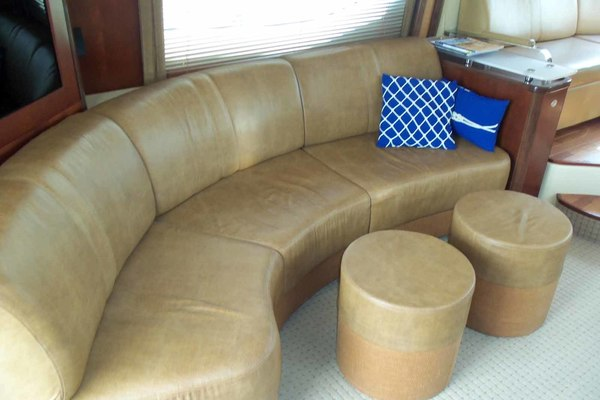 Picture Of: 52' Sea Ray Sedan Bridge 2005 Yacht For Sale | 3 of 45