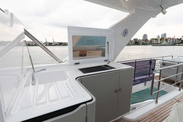 2019 Azimut 60' 60 Fly Still Dreaming | Picture 3 of 107