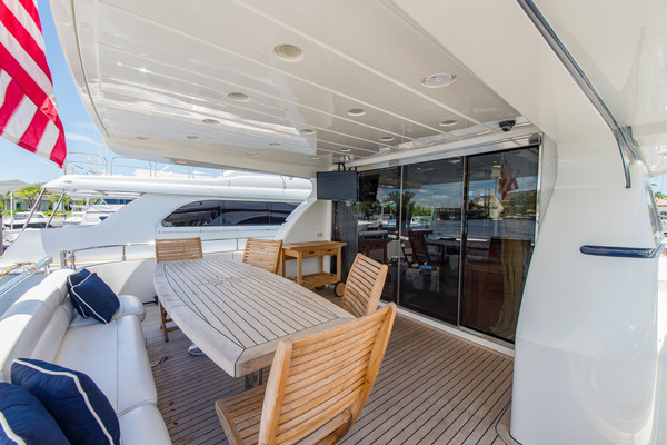 Picture Of: 73' Azimut 70 Sea Jet 2000 Yacht For Sale   2 of 48