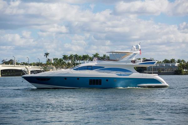 70' Azimut Flybridge 2014 | Wine Knot