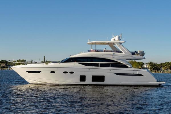 69' Princess 68 Flybridge Motor Yacht 2016   Skippin Stones