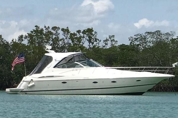 39' Cruisers Yachts 3970 Express 2003 | Deckadence