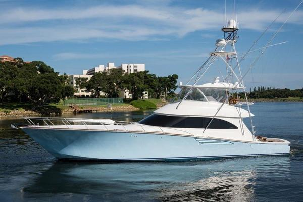70' Viking 70 Convertible With Gyro 2016 | Bella