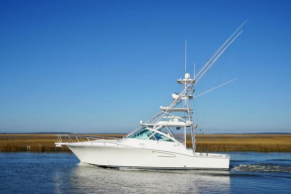 40-ft-Cabo-2011-40 Express-Fortunate Son Edisto Island    yacht for sale