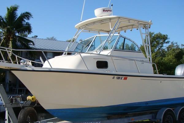23-ft-Parker-2006-2310 Walkaround-No Name Ramrod Key Florida United States  yacht for sale