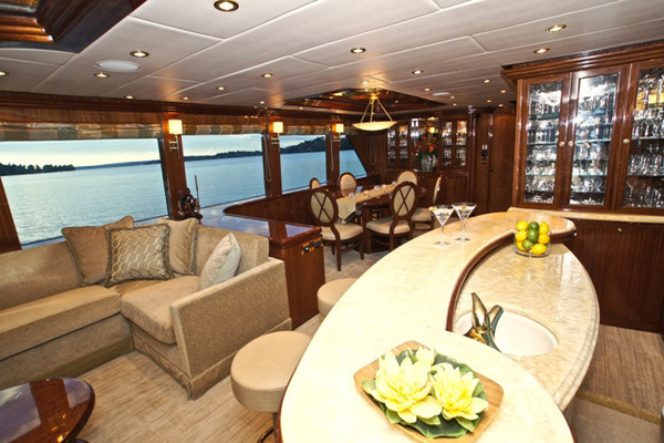 Picture Of: 101' Hargrave 101 Sky Lounge 2010 Yacht For Sale   3 of 23