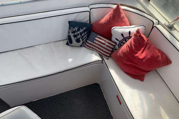 1988 Gulfstar 49' 49 Motor Yacht Rhon Da Voux   Picture 4 of 79