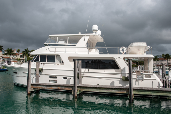 Picture Of: 65' Hampton Endurance 2015 Yacht For Sale | 3 of 76