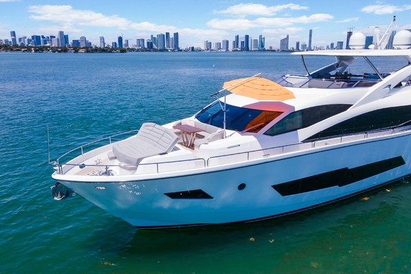 Picture Of: 86' Sunseeker 86 Yacht 2018 Yacht For Sale | 4 of 43