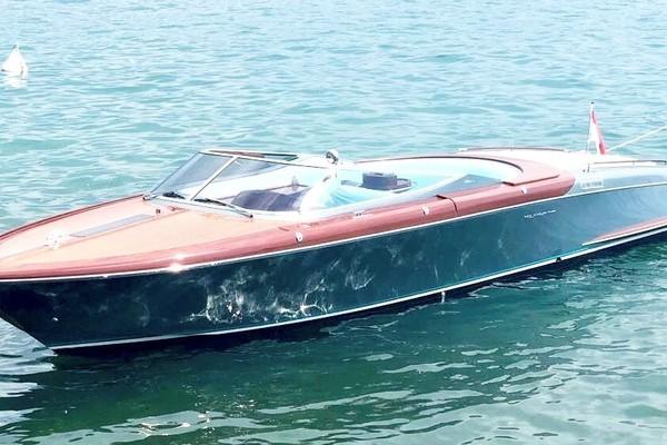 33-ft-Riva-2016-Aquariva Super-SM ART Peschiera (VERONA)  Italy  yacht for sale