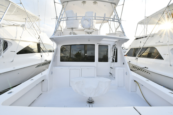 Picture Of: 45' Viking 45 Convertible 2005 Yacht For Sale | 3 of 23