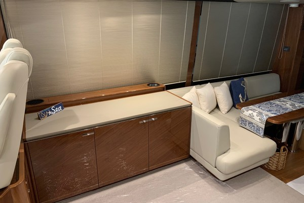 Picture Of: 66' Princess S65 Sportbridge 2017 Yacht For Sale | 4 of 11
