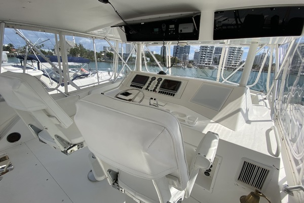 1997 Viking 58' 58 Convertible Outa Control | Picture 4 of 102