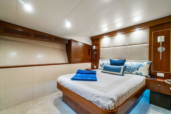 2005 American 72'  Solivia Rose | Picture 1 of 30