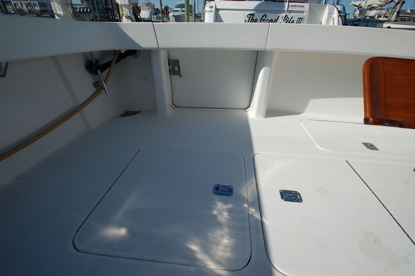 2005 Viking 52' 52 Convertible Cuttin Up | Picture 5 of 120