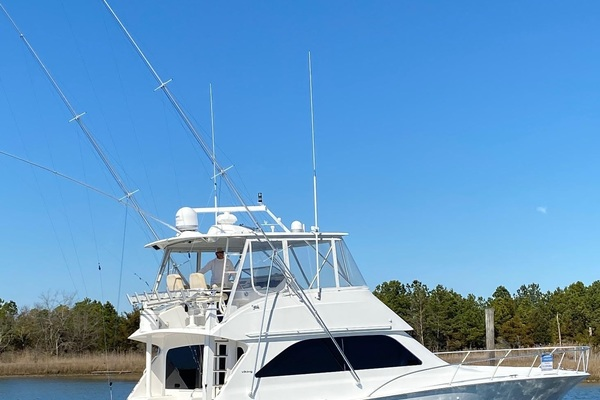 Picture Of: 52' Viking 52 Convertible 2005 Yacht For Sale | 2 of 120