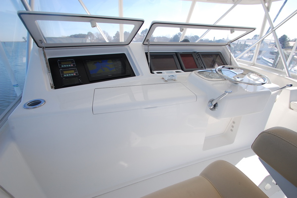 2005 Viking 52' 52 Convertible Cuttin Up | Picture 7 of 120