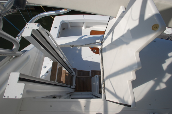 2005 Viking 52' 52 Convertible Cuttin Up | Picture 4 of 120