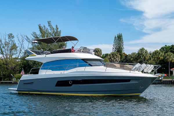 Picture Of: 45' Prestige 460 Flybridge 2018 Yacht For Sale | 3 of 47