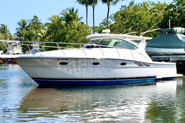 Picture Of: 38' Tiara 3800 Open 2005 Yacht For Sale | 3 of 20