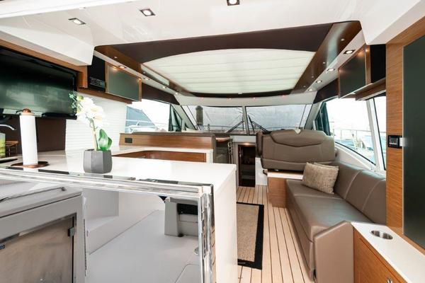 Picture Of: 45' Cruisers 45 Cantius 2014 Yacht For Sale | 3 of 30