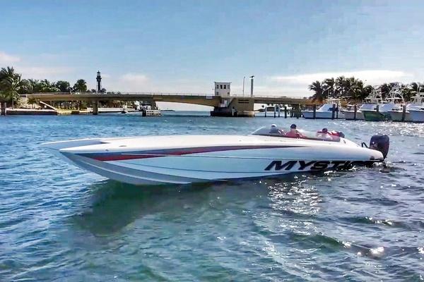 38-ft-Mystic-2019-C3801-DEMO Boca Raton Florida United States  yacht for sale