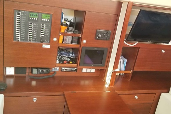 Picture Of: 52' Hanse 540e 2008 Yacht For Sale | 4 of 48