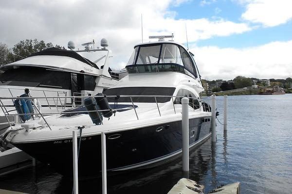 Picture Of: 52' Sea Ray Sedan Bridge 2006 Yacht For Sale | 2 of 133