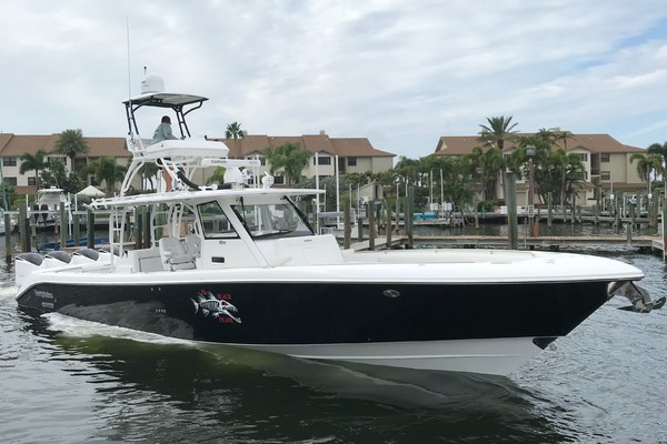 Picture Of: 42' Everglades 435cc 2017 Yacht For Sale | 1 of 126
