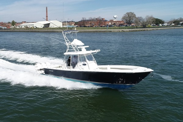 2017 Regulator 34' 34CC  | Picture 3 of 21