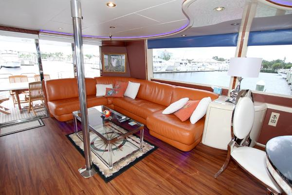 1995 Lazzara 76' 76 GRAND SALON Christmas Spirit | Picture 8 of 117