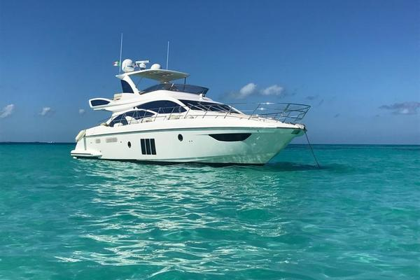Picture Of: 60' Azimut 60 Flybridge 2012 Yacht For Sale | 3 of 41