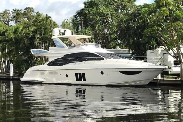 Picture Of: 60' Azimut 60 Flybridge 2012 Yacht For Sale | 2 of 41