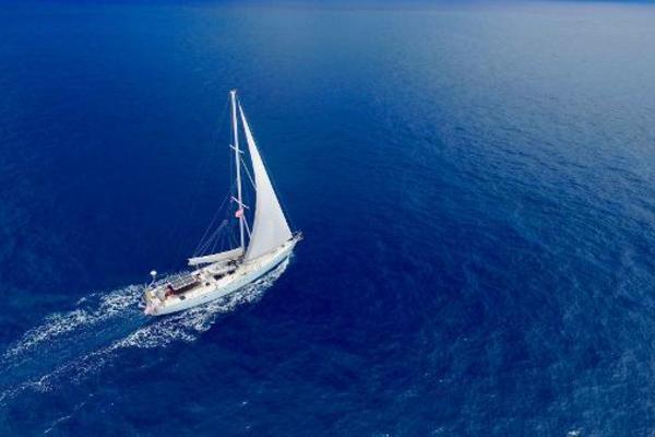Picture Of: 62' Deerfoot 62 1982 Yacht For Sale | 4 of 6