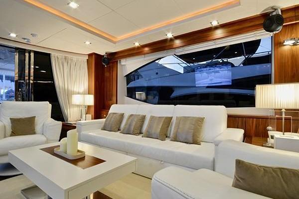 2011 Sunseeker 88' Flybridge Motor Yacht EXIMIUS | Picture 6 of 30