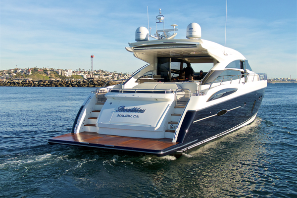 2014 Princess 72' V72 BREATHLESS | Picture 5 of 34