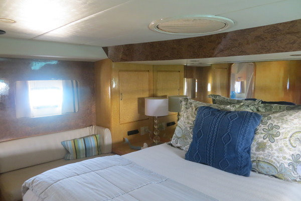1994 Vitech 72' 72 Motor Yacht Sanity | Picture 3 of 44