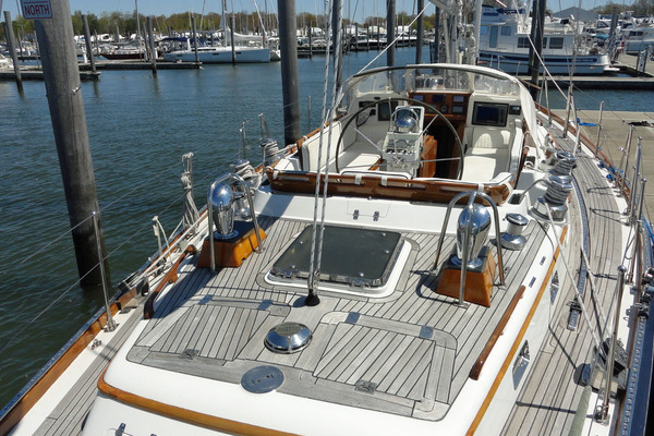 1995 Little Harbor 54' 54 LA DIFFERENCE | Picture 6 of 35