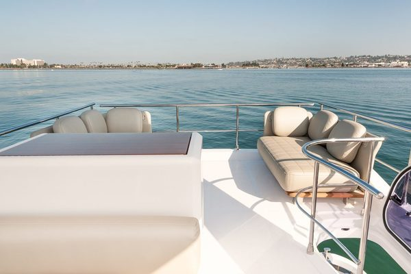 2017 Azimut 50' 50 CEO SWAT   Picture 4 of 43