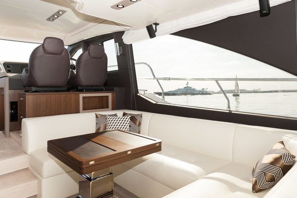2017 Azimut 50' 50 CEO SWAT   Picture 8 of 43