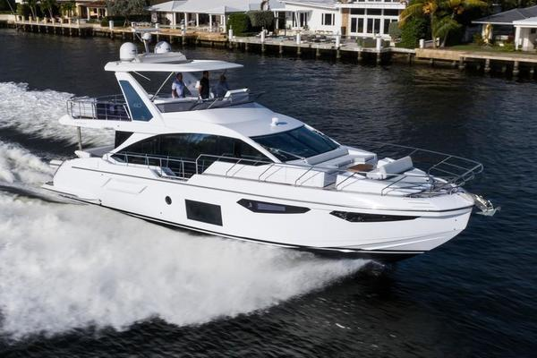 Picture Of: 60' Azimut 60 fly 2019 Yacht For Sale | 2 of 95