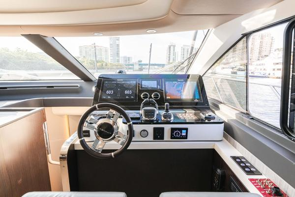 2019 Azimut 60' 60 fly  LOS CONDORES | Picture 4 of 95