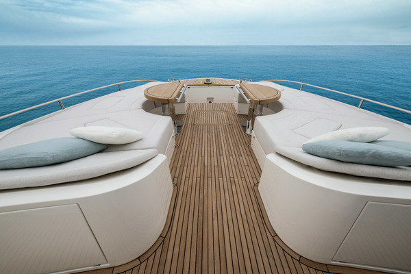2020Monte Carlo 70 ft Skylounge